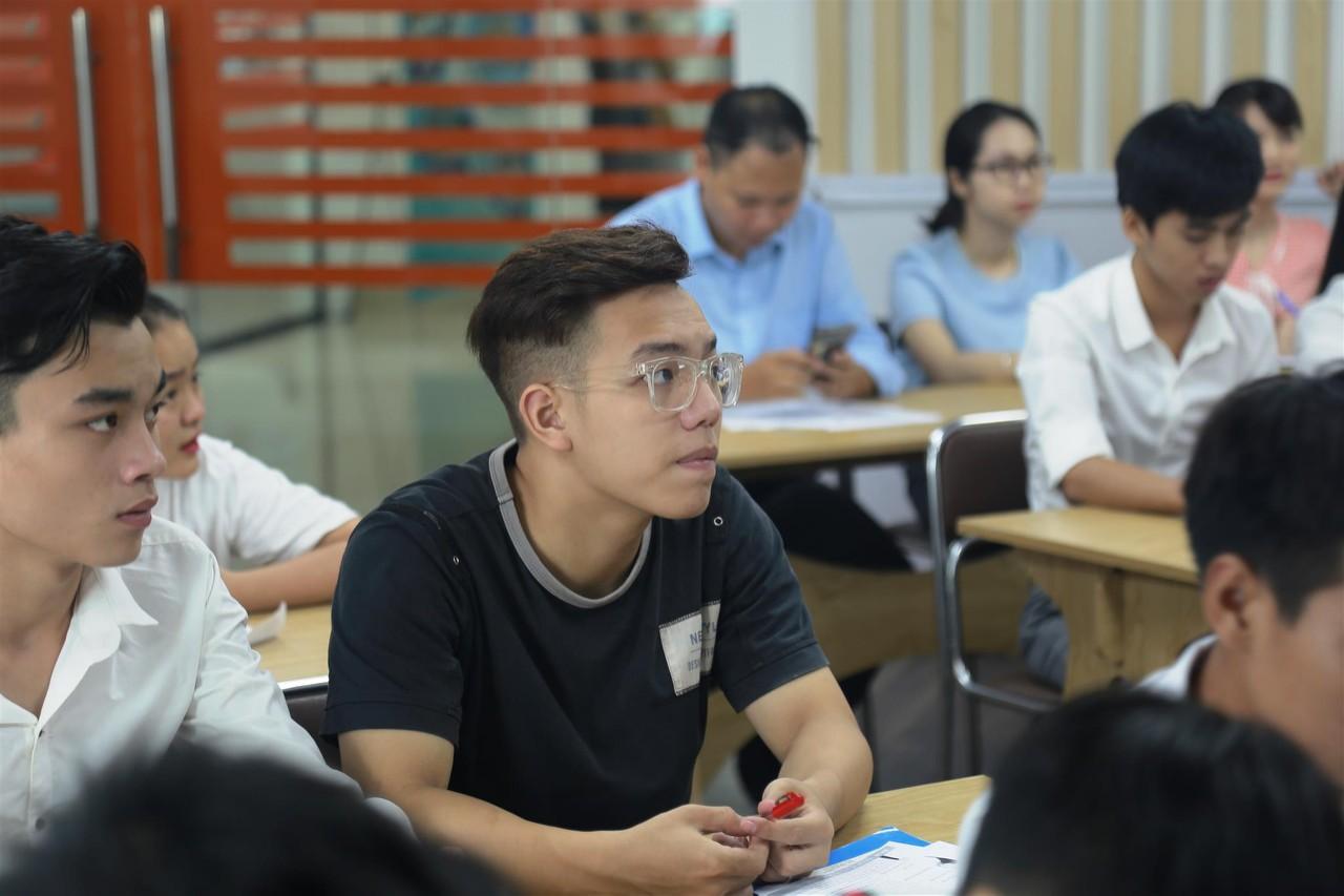 vừa học vừa làm tại Đài Loan; du học Đài Loan bao nhiêu tiền; du học đài loan có tốt không